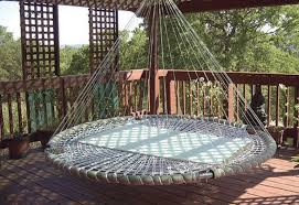 Make a handy homemade hammock!