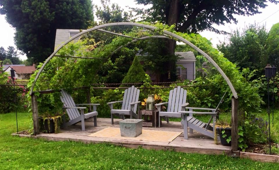5 Ways of Upcycling your Trampoline Frame